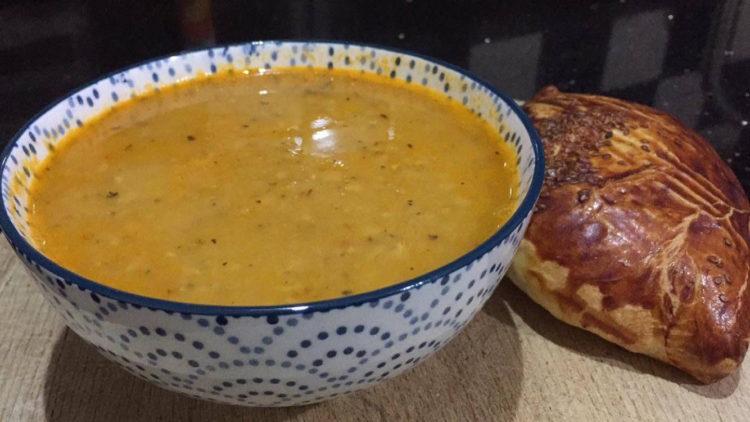 nem tyrkisk linsesuppe, opskrifter med linser, opskrifter med røde linser, linse suppe, mercimek corba, mercimek corbasi, tyrkisk mad, tyrkiske retter, tyrkiske opskrifter, alanya blog, alanya blogger, tyrkiet blog, tyrkiet blog, hverdagen i tyrkiet, mit tyrkiske køkken, dansk i tyrkiet, dansk i tyrkiet