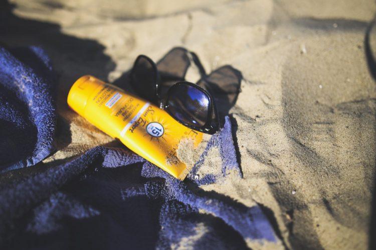 solcreme, gode råd ved køb af solcreme, kan en solcreme blive for gammel, solbeskyttelse, søndag i alanya, alanya billeder, stemningen, zencefil cafe alanya, zencefil alanya, tyrkisk morgenmad, tyrkisk brunch, serpme kahvalti, alanya blogger, alanya blog, dansk i tyrkiet, dansker i udlandet,